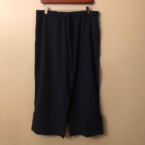 Reebok Women's Loose Fitting Capris XL